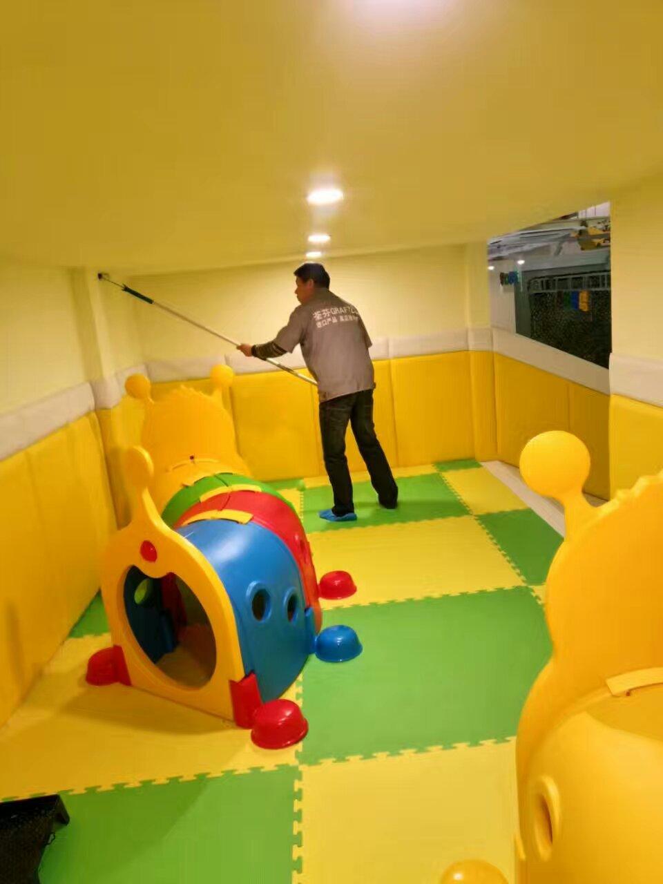 魔幻互动儿童乐园墙面全方位施工