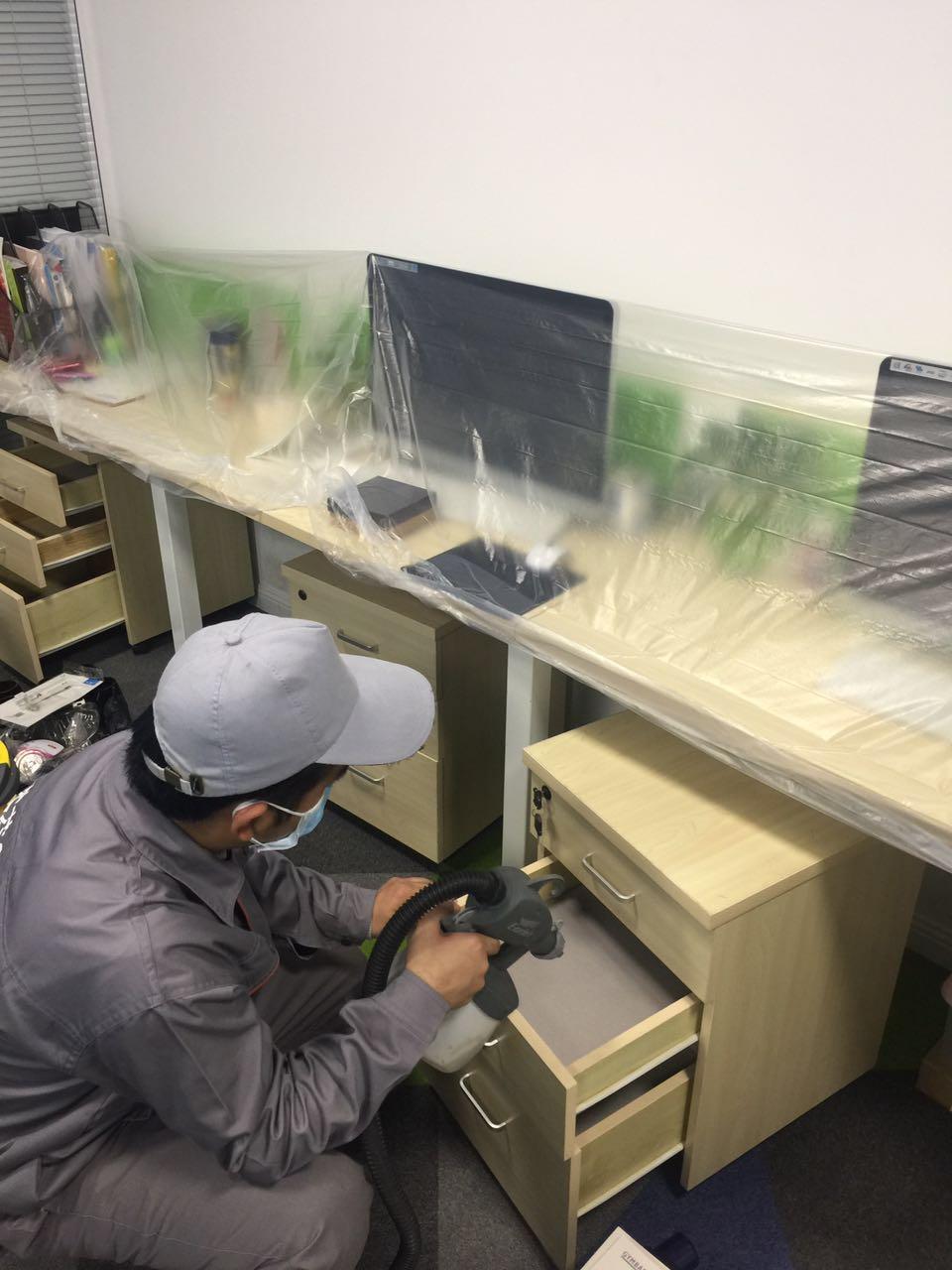 辦公桌椅重點施工