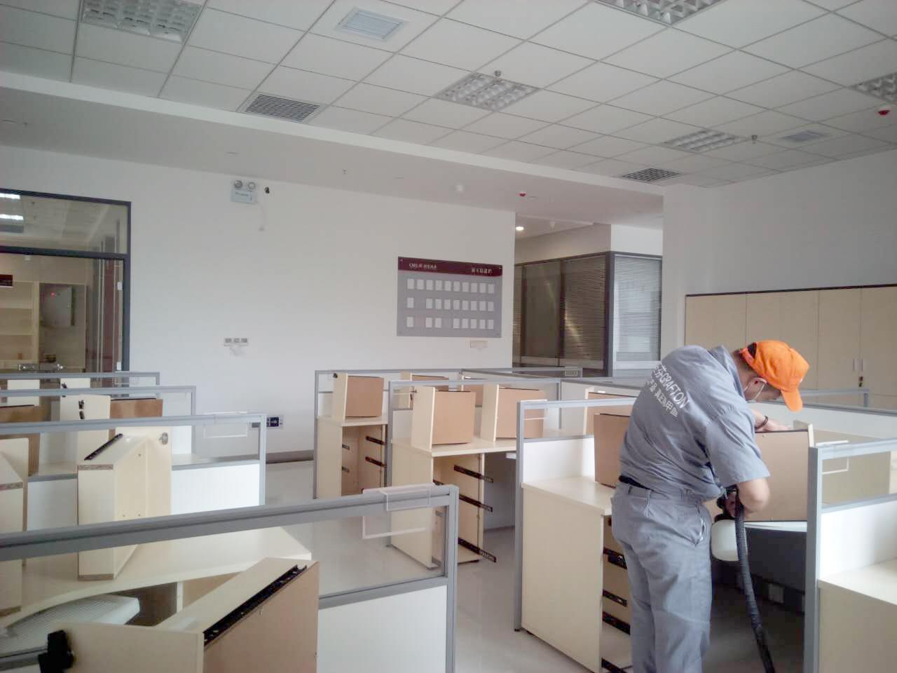 办公桌全方位施工